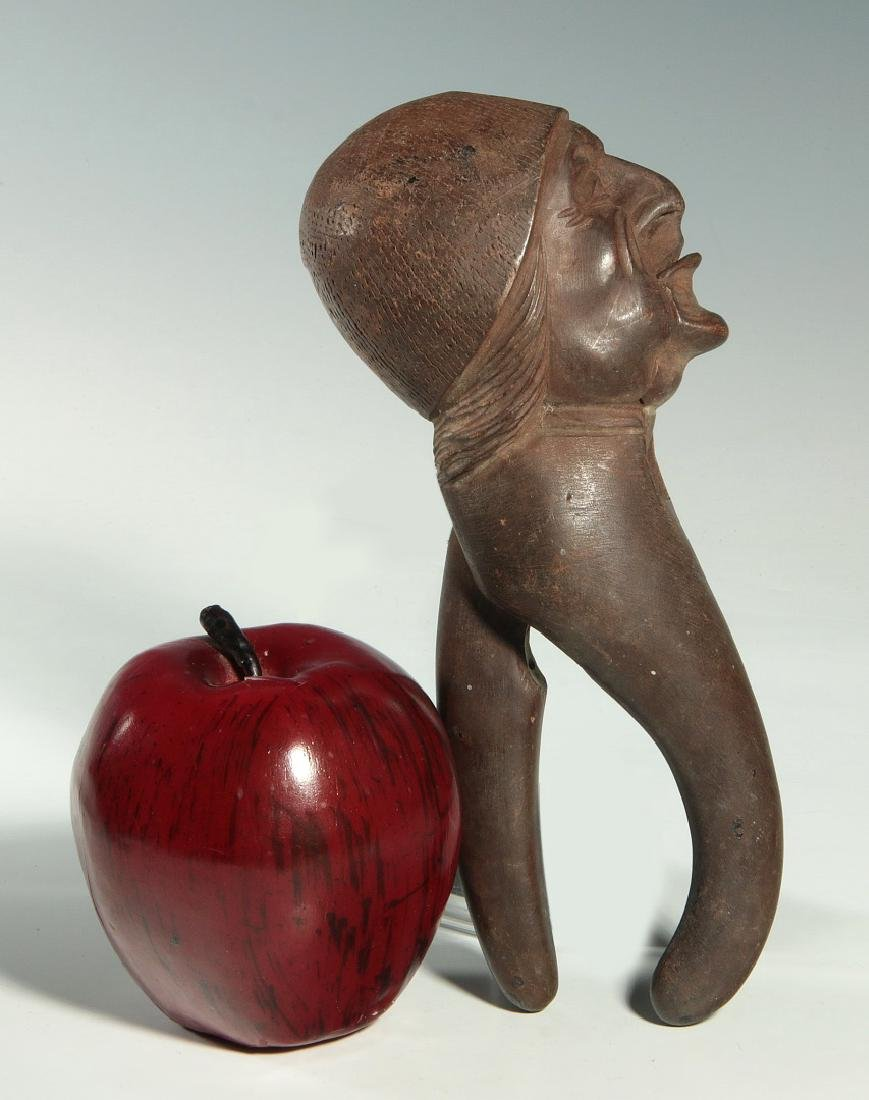 A LATE 19 / EARLY 20 C. CARVED FIGURAL NUT CRACKER - 2