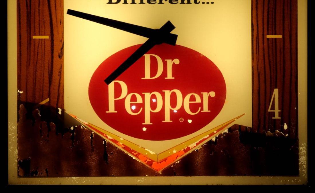 A VINTAGE LIGHTED DR. PEPPER ADVERTISING CLOCK - 3