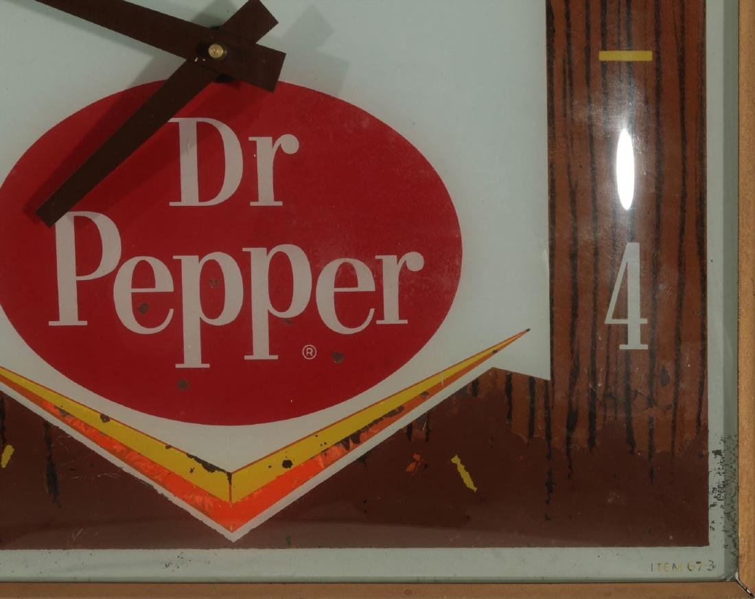 A VINTAGE LIGHTED DR. PEPPER ADVERTISING CLOCK - 7