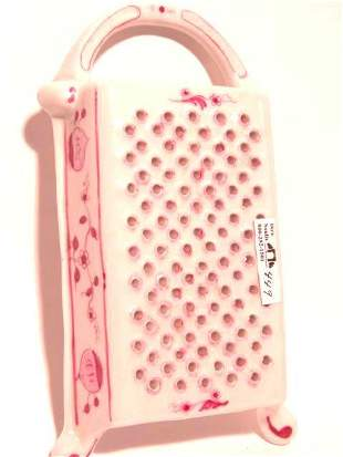 BLUE ONION PATTERN GRATER IN PINK