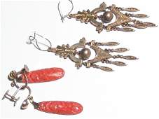 625A TWO PAIR OF VICTORIAN EARRINGS