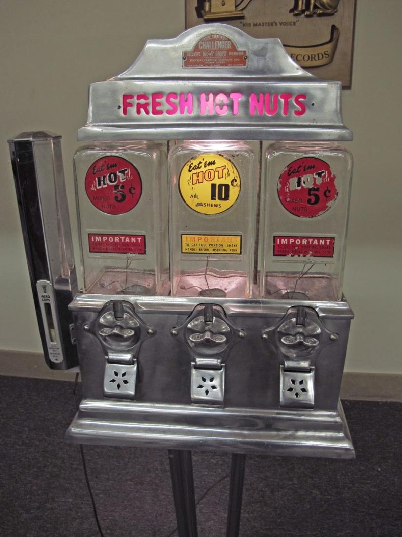 A 1947 'CHALLENGER' COIN OPERATED HOT NUT VENDOR