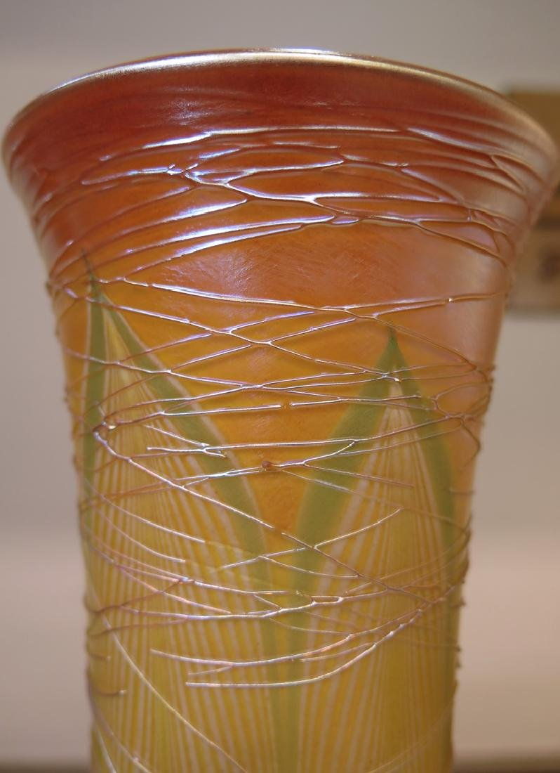 PAIR DURAND THREADED FEATHER VASES - 3