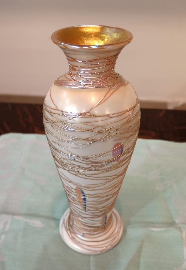 PAIR DURAND THREADED FEATHER VASES - 5