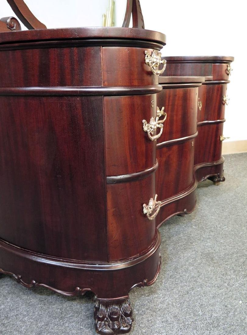 AN OUTSTANDING DOUBLE SERPENTINE MAHOGANY DRESSER - 6