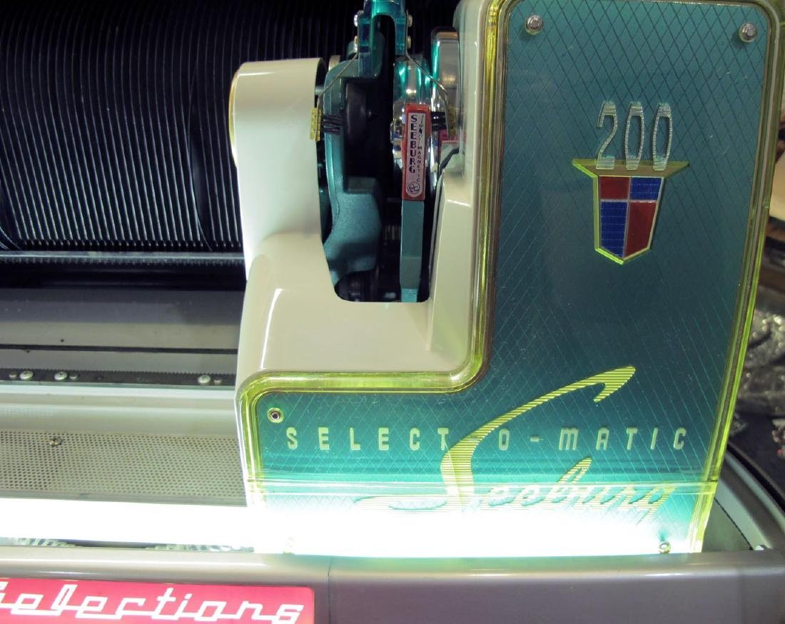 SEEBURG V200D JUKE BOX #144683 - 9