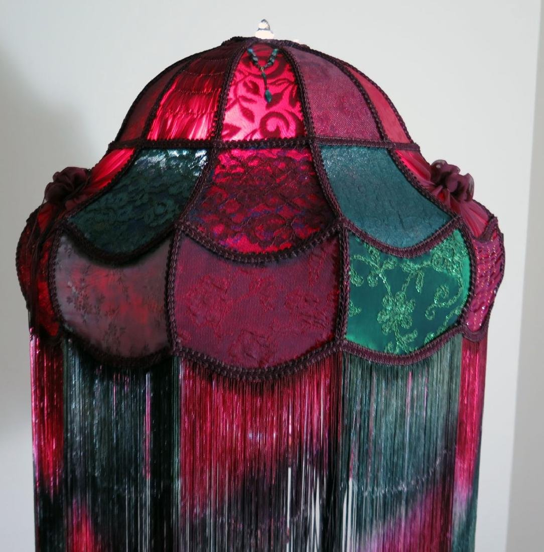 A LARGE MODERN VICTORIAN-STYLE CLOTH LAMP SHADE - 2