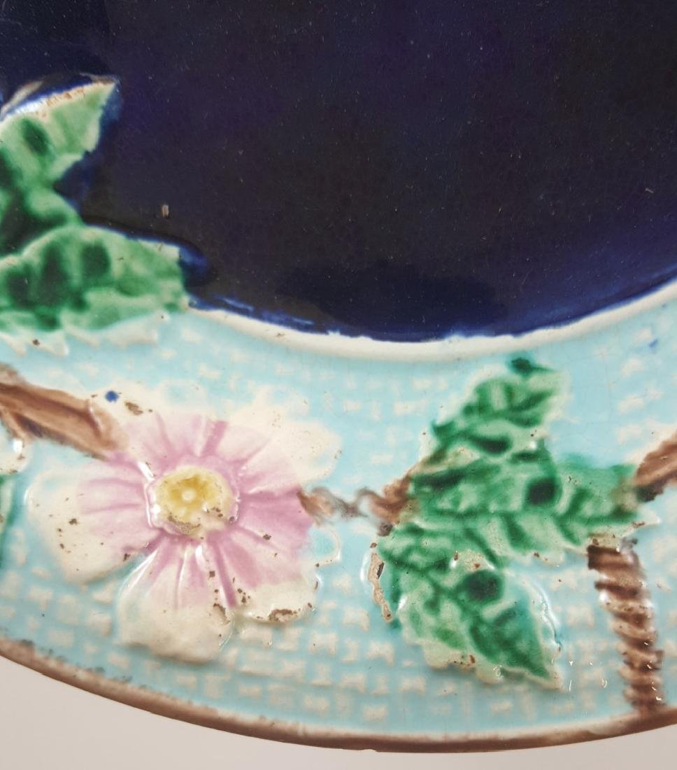 MAJOLICA FLORAL COMPOTE AND LEAF PLATE - 4