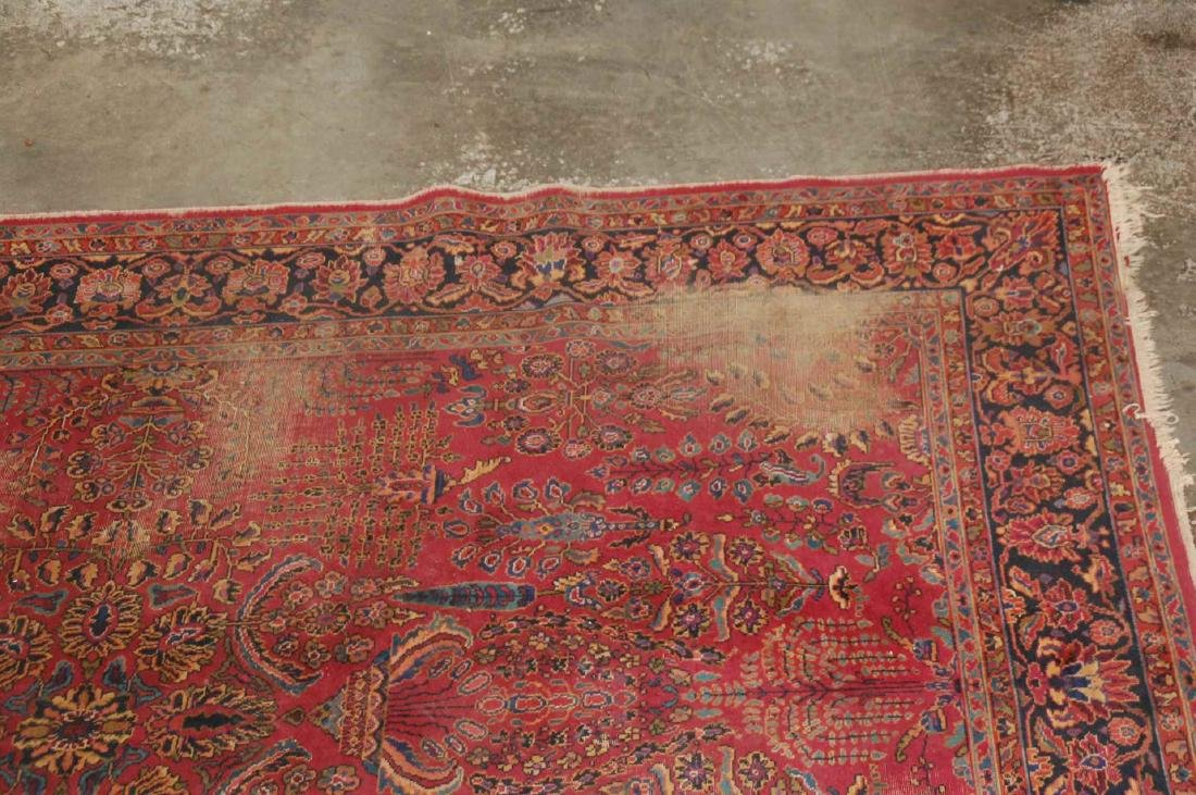 A MACHINE MADE PERSIAN STYLE ROOM SIZE RUG - 5