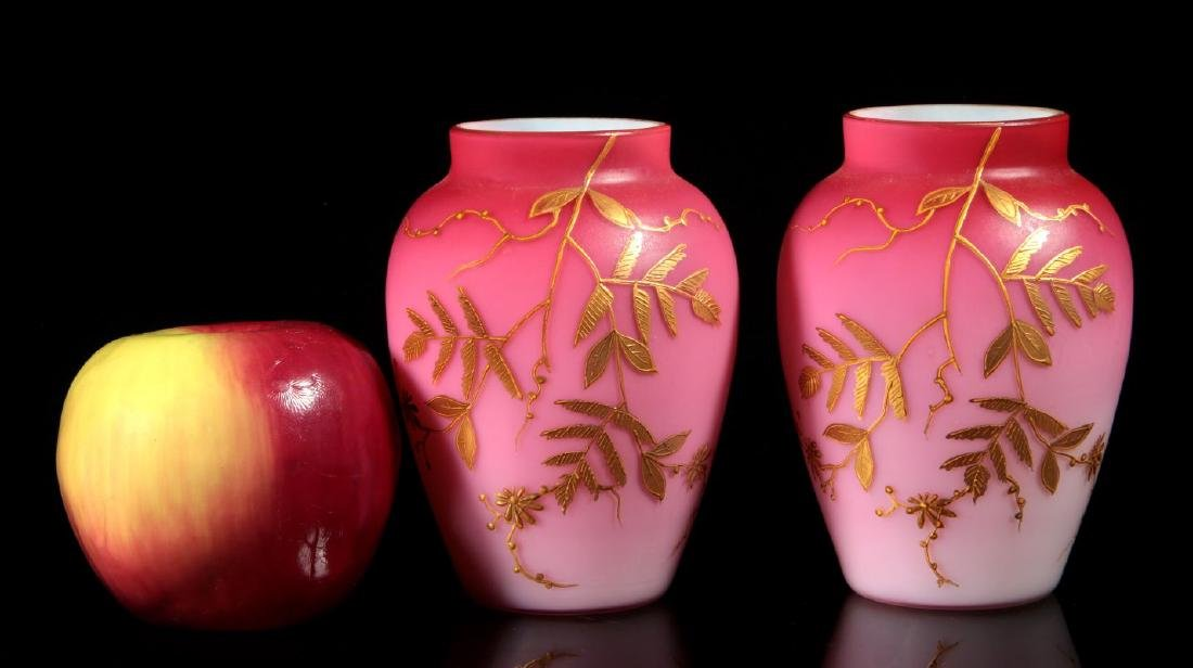 A PAIR DECORATED PEACHBLOW VASES WITH ENAMEL - 2