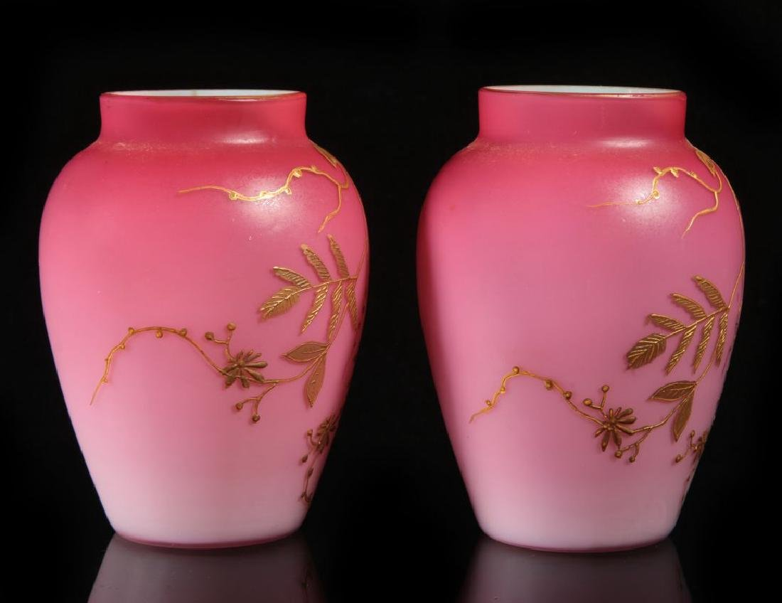 A PAIR DECORATED PEACHBLOW VASES WITH ENAMEL - 5