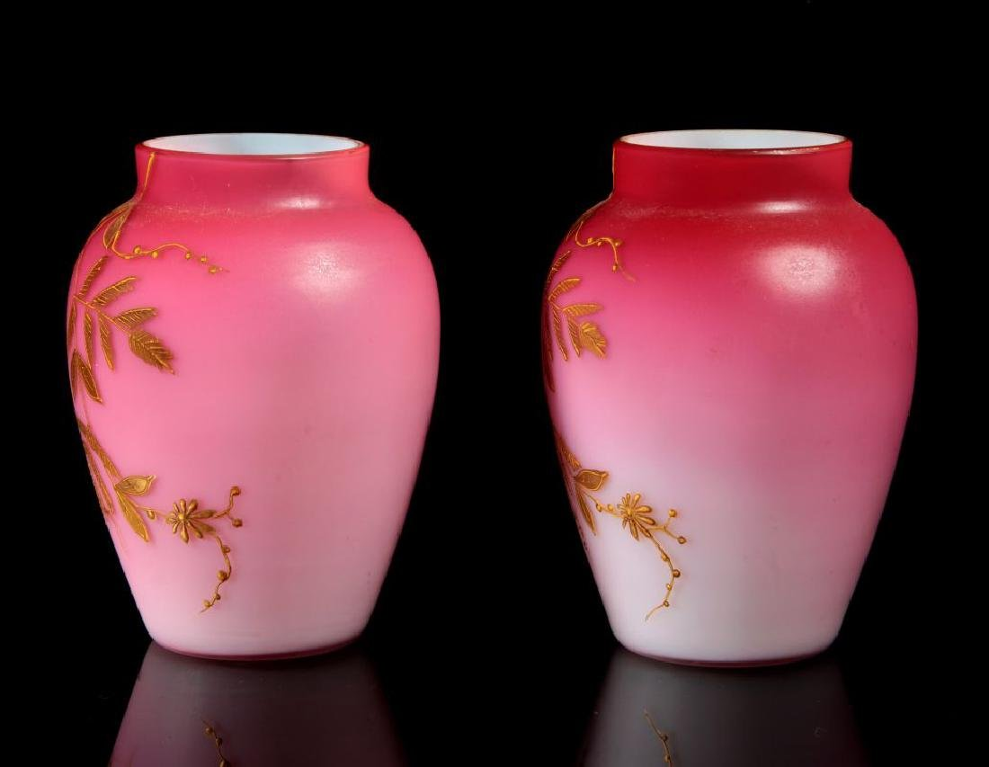 A PAIR DECORATED PEACHBLOW VASES WITH ENAMEL - 7