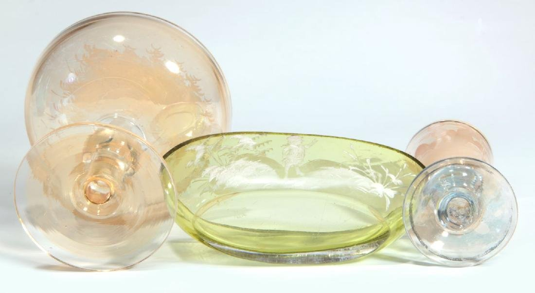 A COLLECTION OF 19TH C. MARY GREGORY GLASS ARTICLES - 7