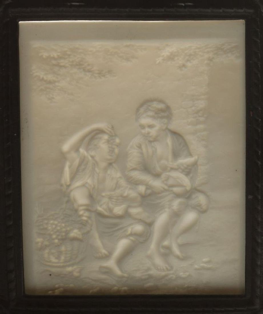 THREE 19TH CENTURY PORCELAIN LITHOPHANE ITEMS - 7