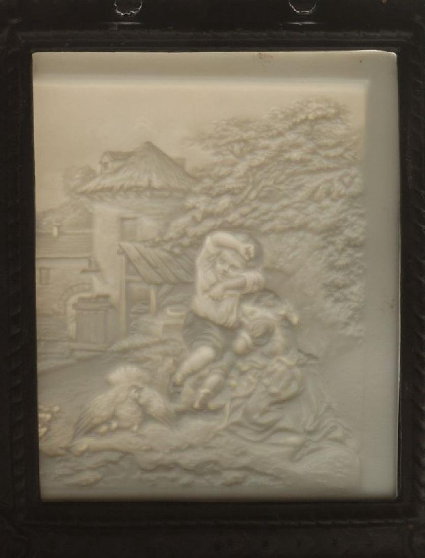 THREE 19TH CENTURY PORCELAIN LITHOPHANE ITEMS - 9