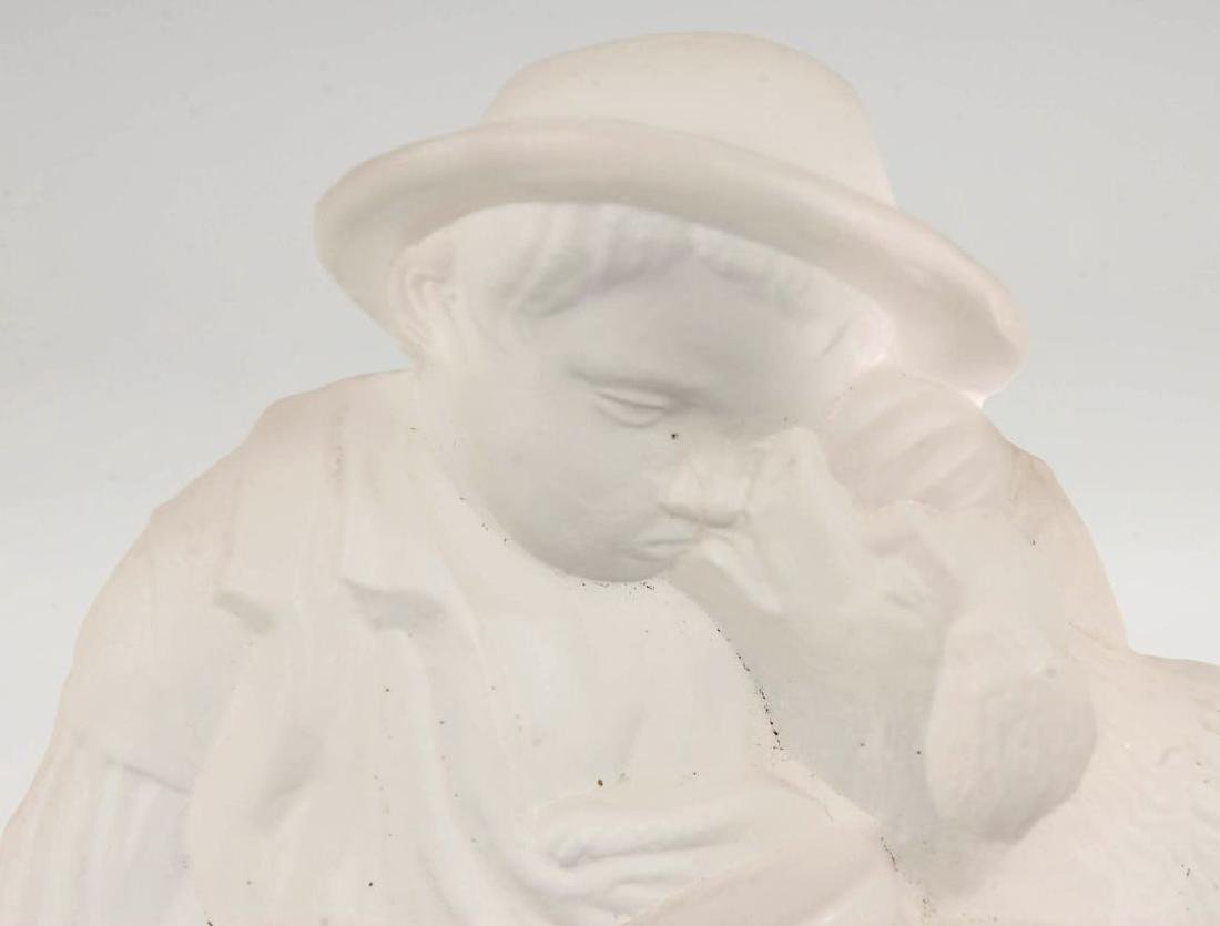 A GILLINDER BOY AND DOG FROSTED GLASS PAPERWEIGHT - 2