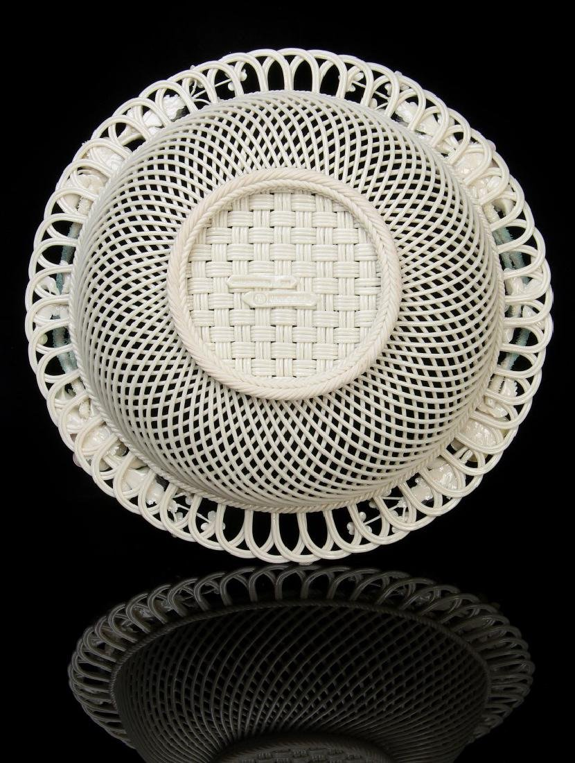 AN IRISH BELLEEK FOUR STRAND CIRCULAR BASKET - 8