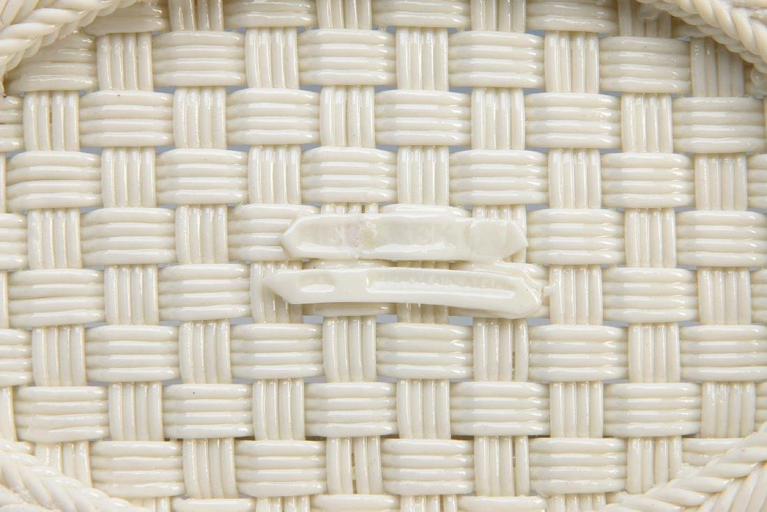 AN IRISH BELLEEK FOUR STRAND OVAL BASKET - 10