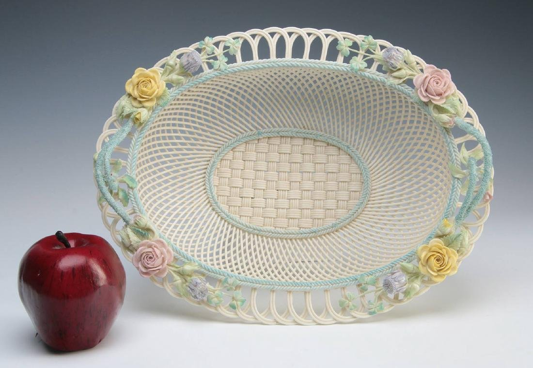 AN IRISH BELLEEK FOUR STRAND OVAL BASKET - 2