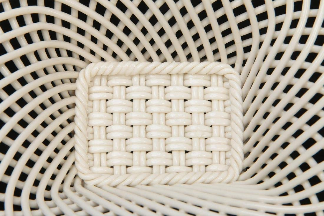 THREE IRISH BELLEEK LATTICE WORK BASKETS - 2