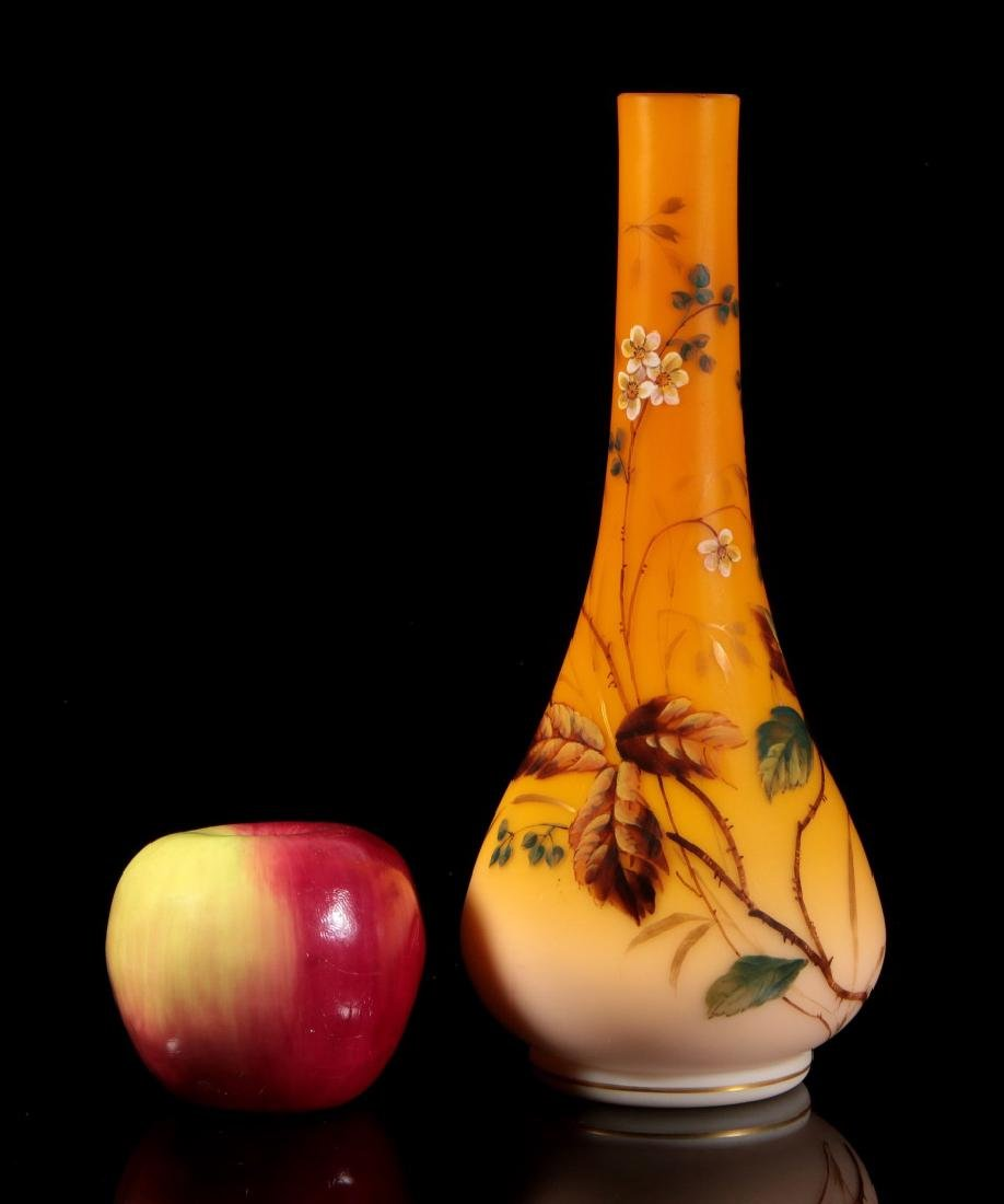 A SHADED CITRON SATIN GLASS VASE WITH ENAMEL - 2
