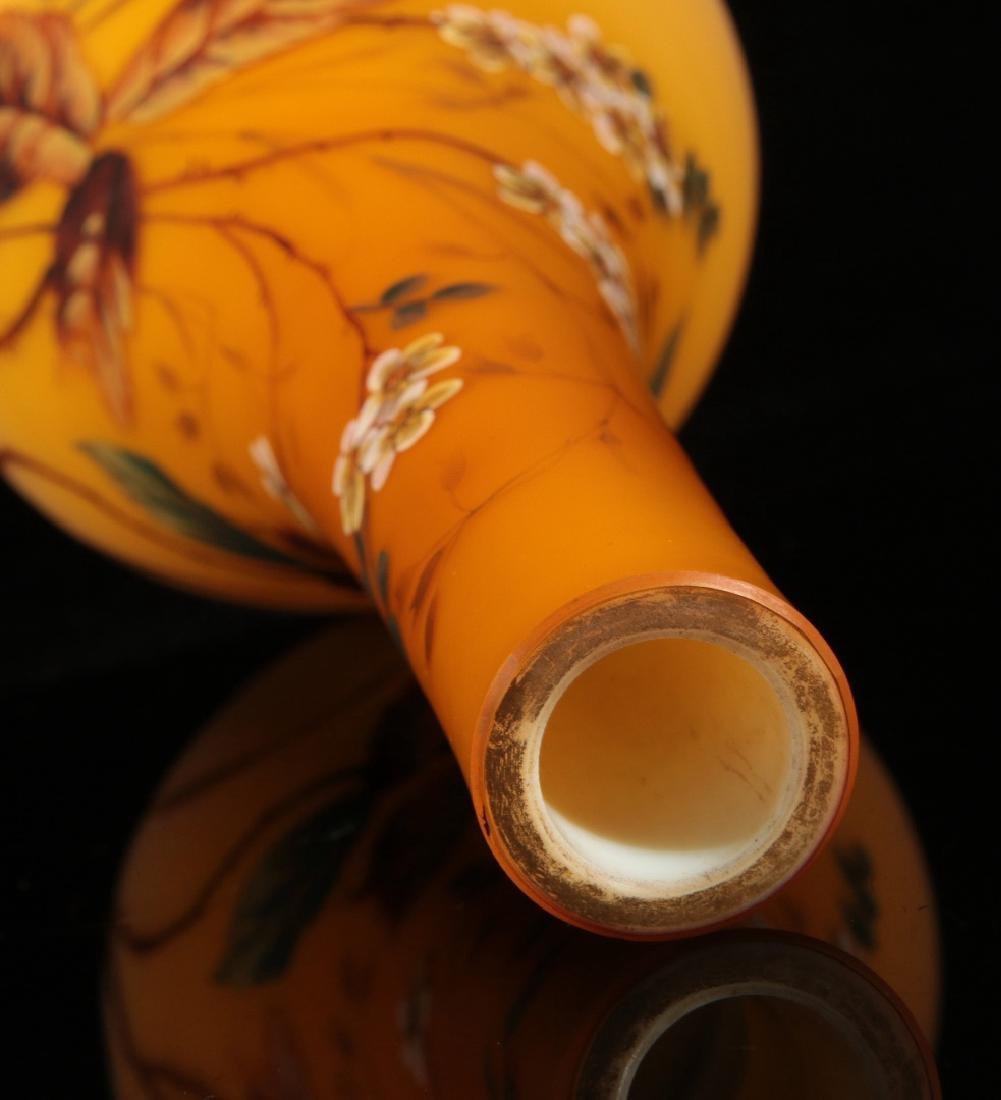 A SHADED CITRON SATIN GLASS VASE WITH ENAMEL - 9