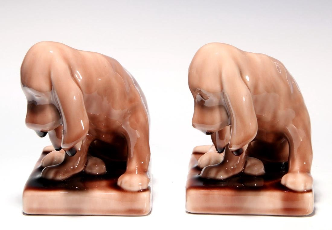 A PAIR OF ROOKWOOD ART POTTERY DOG BOOKENDS - 5