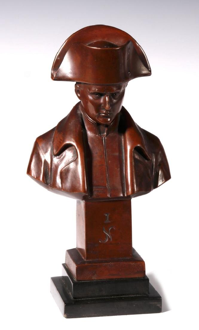 A LATE 19TH / EARLY 20TH C. BRONZE BUST OF NAPOLEON