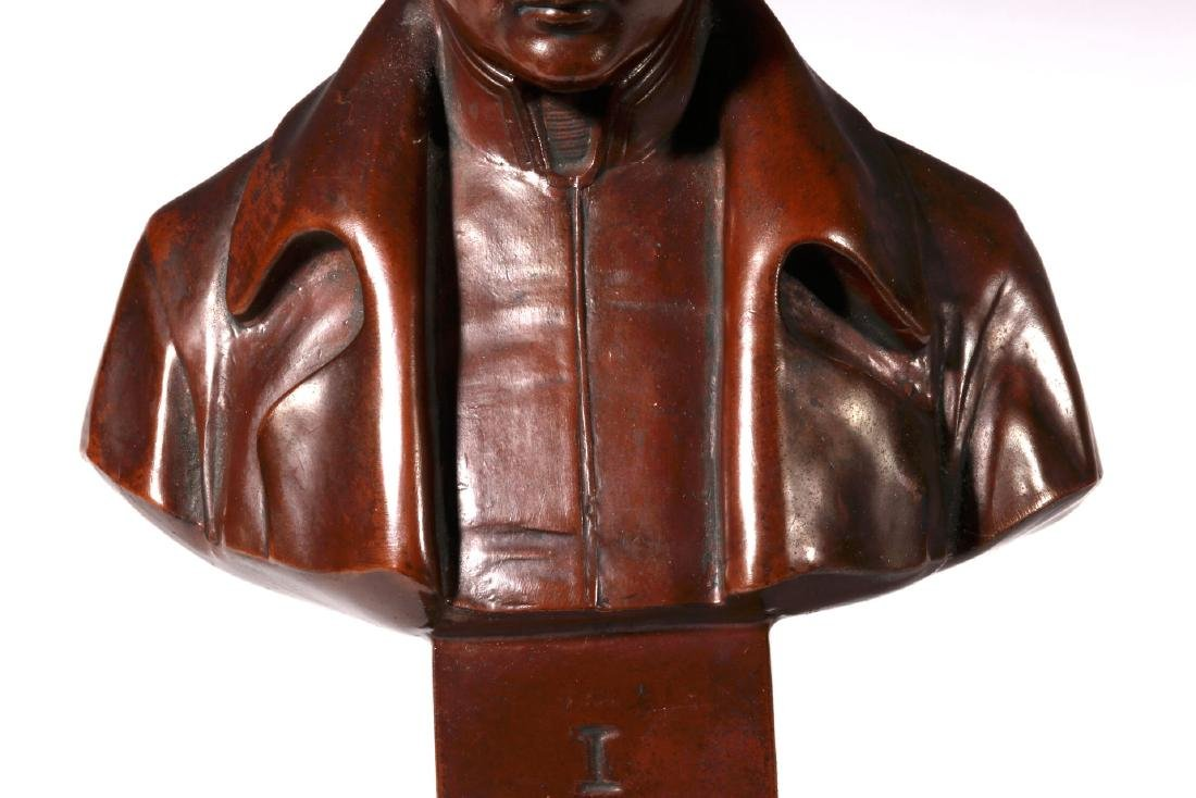A LATE 19TH / EARLY 20TH C. BRONZE BUST OF NAPOLEON - 4