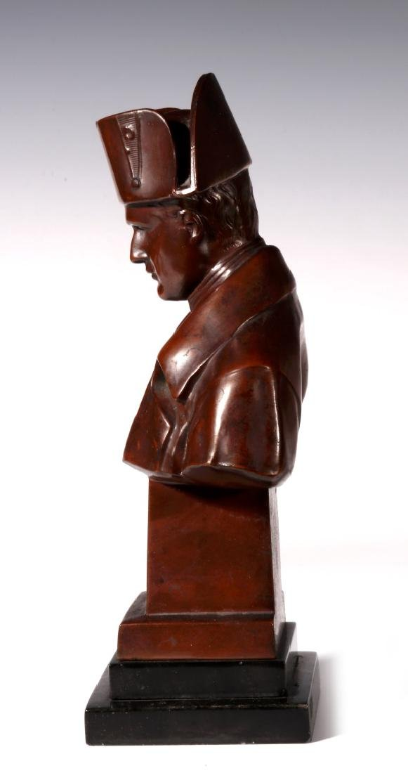 A LATE 19TH / EARLY 20TH C. BRONZE BUST OF NAPOLEON - 6