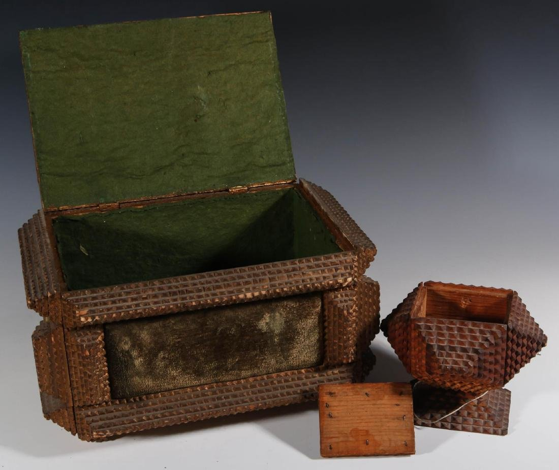 TWO EARLY 20TH CENTURY TRAMP ART BOXES - 5