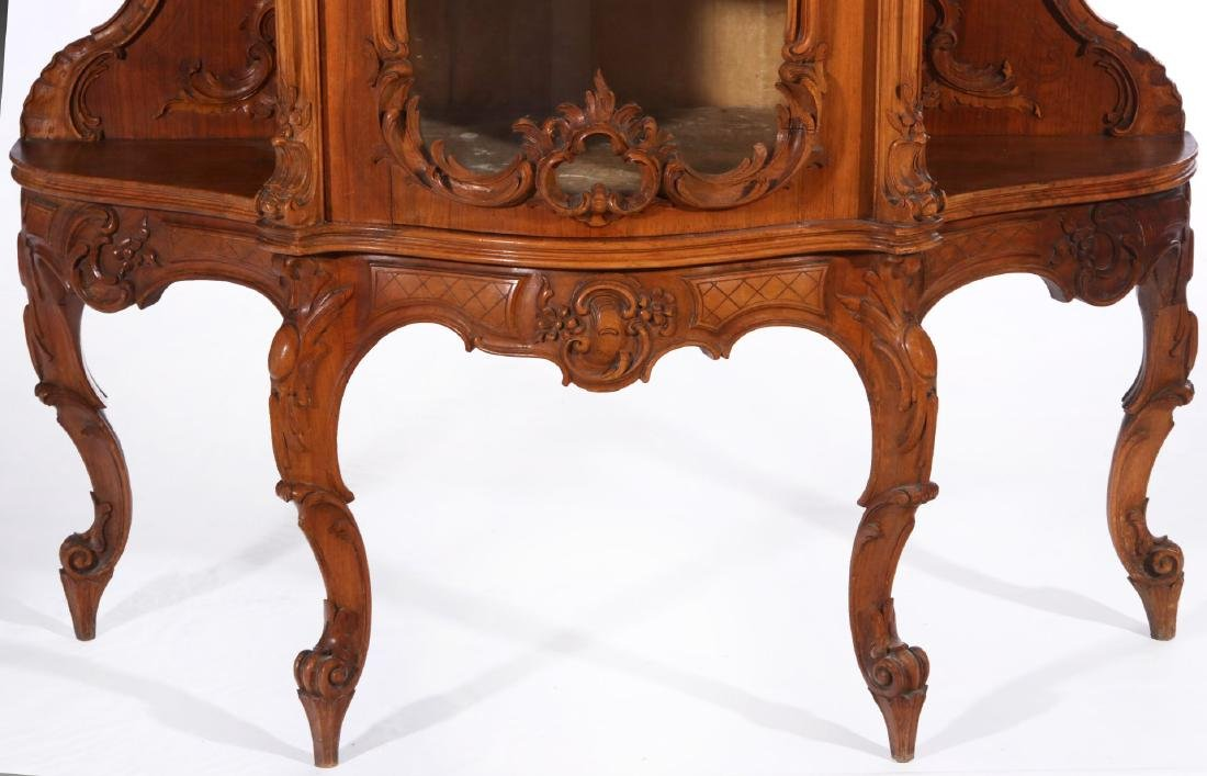 A LATE 19TH C. FRENCH ROCOCO ETAGERE WITH VITRINE - 4