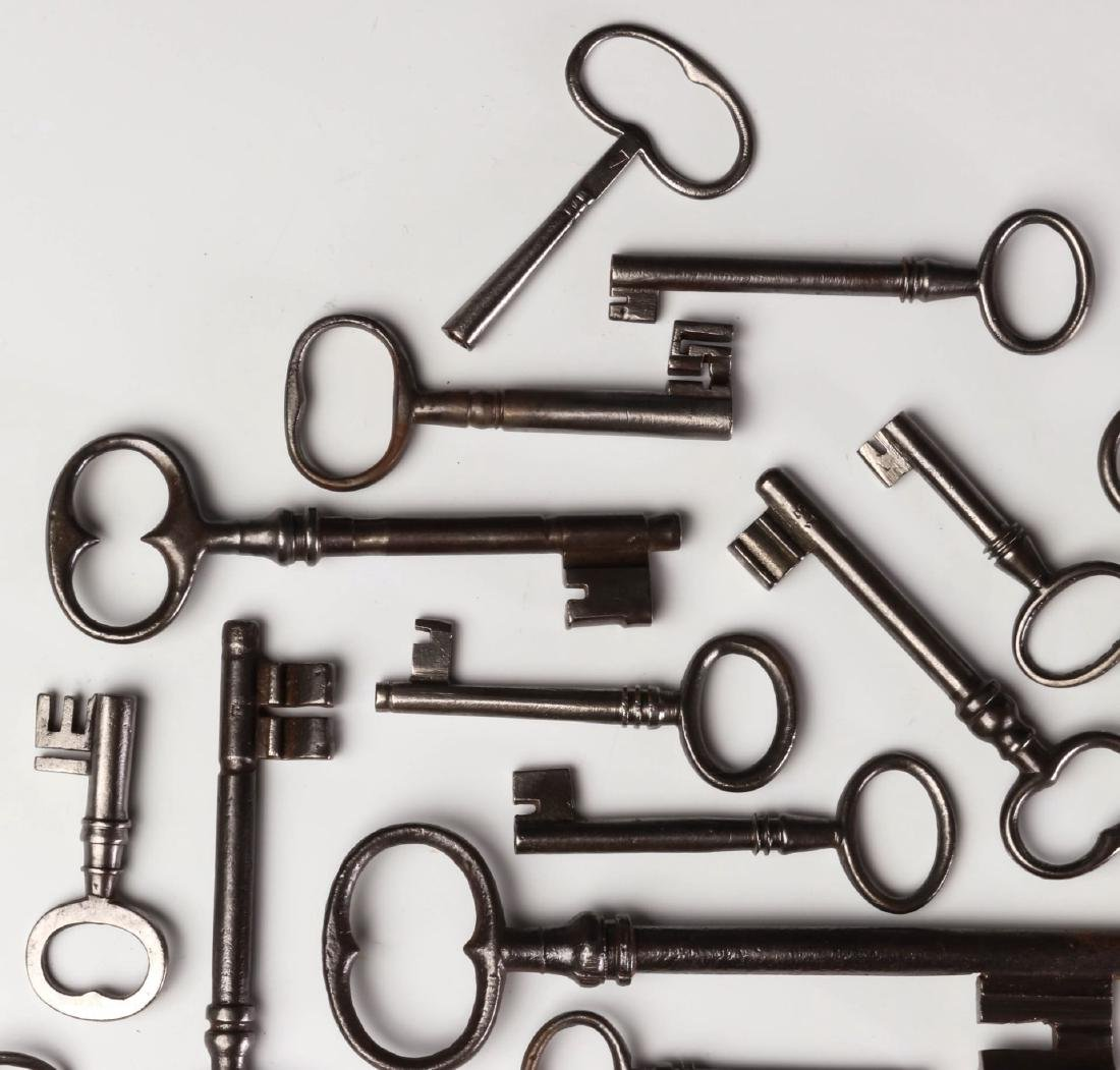 FORTY MISCELLANEOUS 19TH CENTURY KEYS - 2