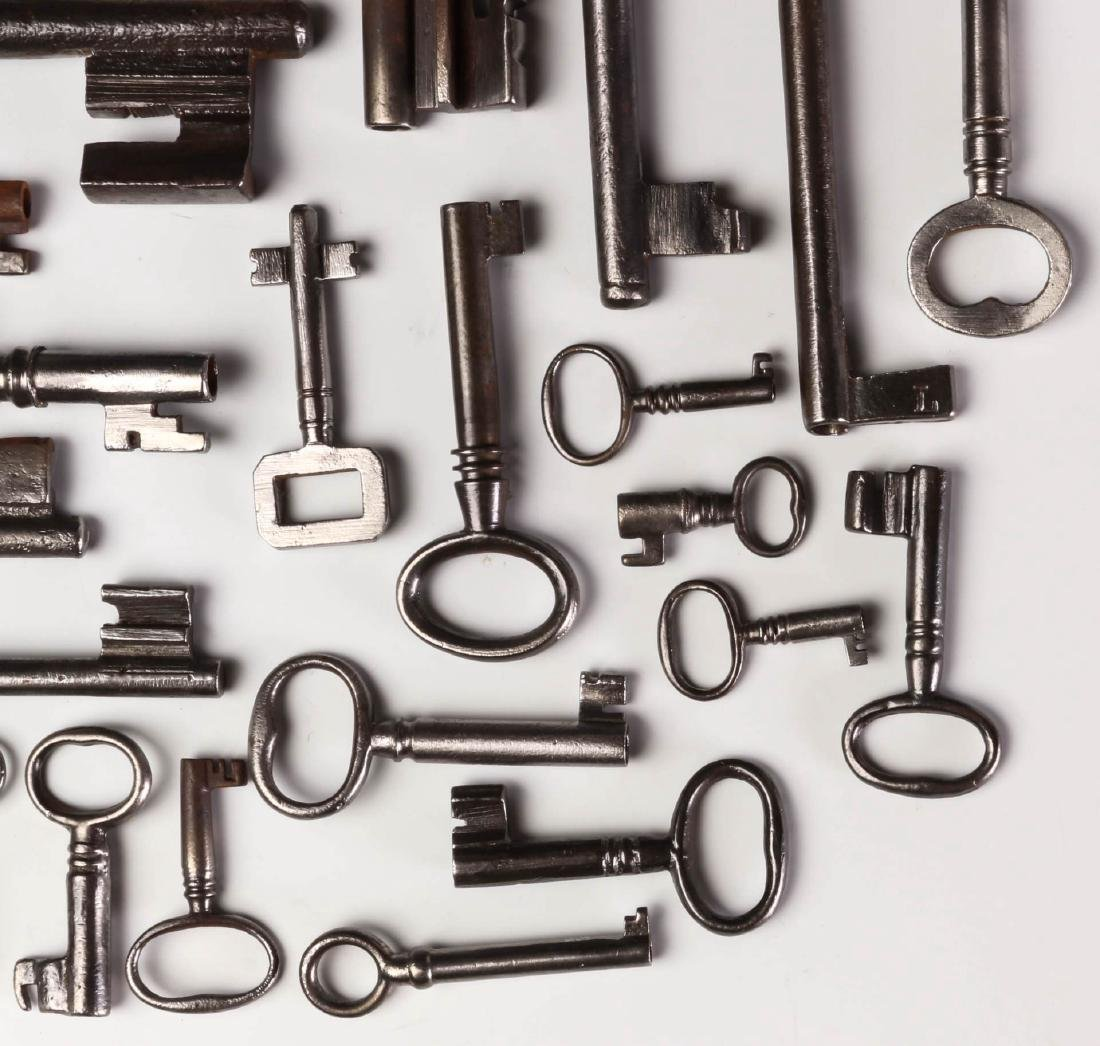 FORTY MISCELLANEOUS 19TH CENTURY KEYS - 4