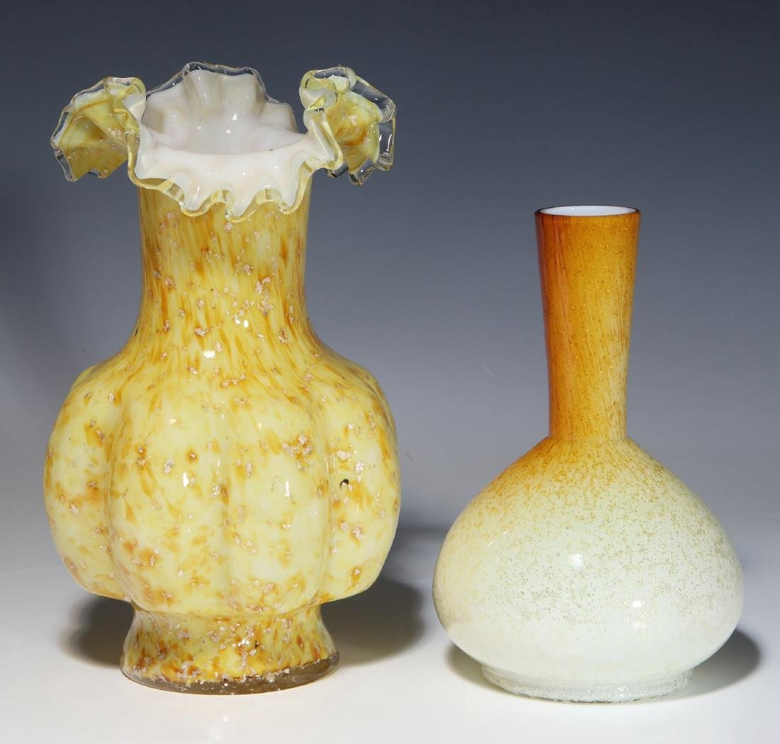 A NICE EXAMPLE OF 19TH C. ART GLASS WITH MICA FLECK - 7