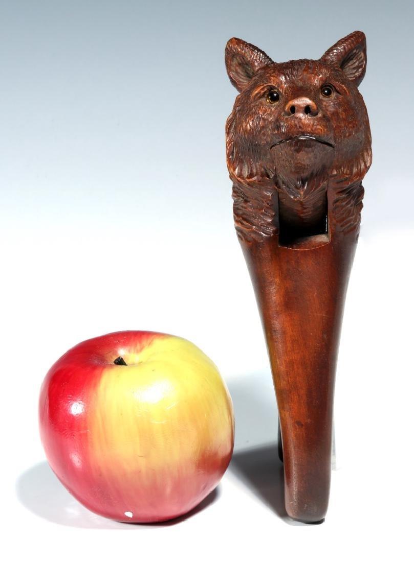 A BLACK FOREST CARVED WOOD FIGURAL BEAR NUTCRACKER - 2