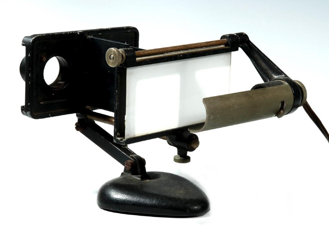 A GERMAN ERTEL WERK M1973 ELECTRIC STEREOSCOPE