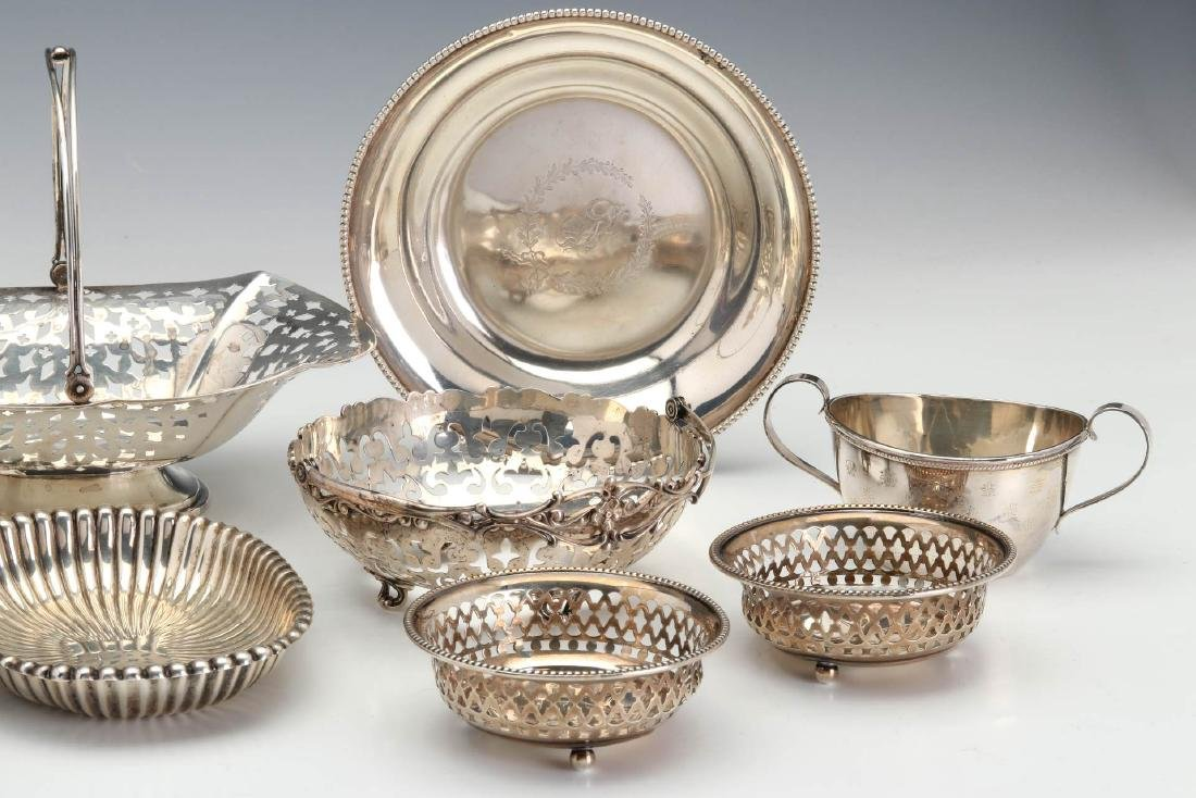 AN ESTATE LOT OF GOOD STERLING SILVER ARTICLES - 4