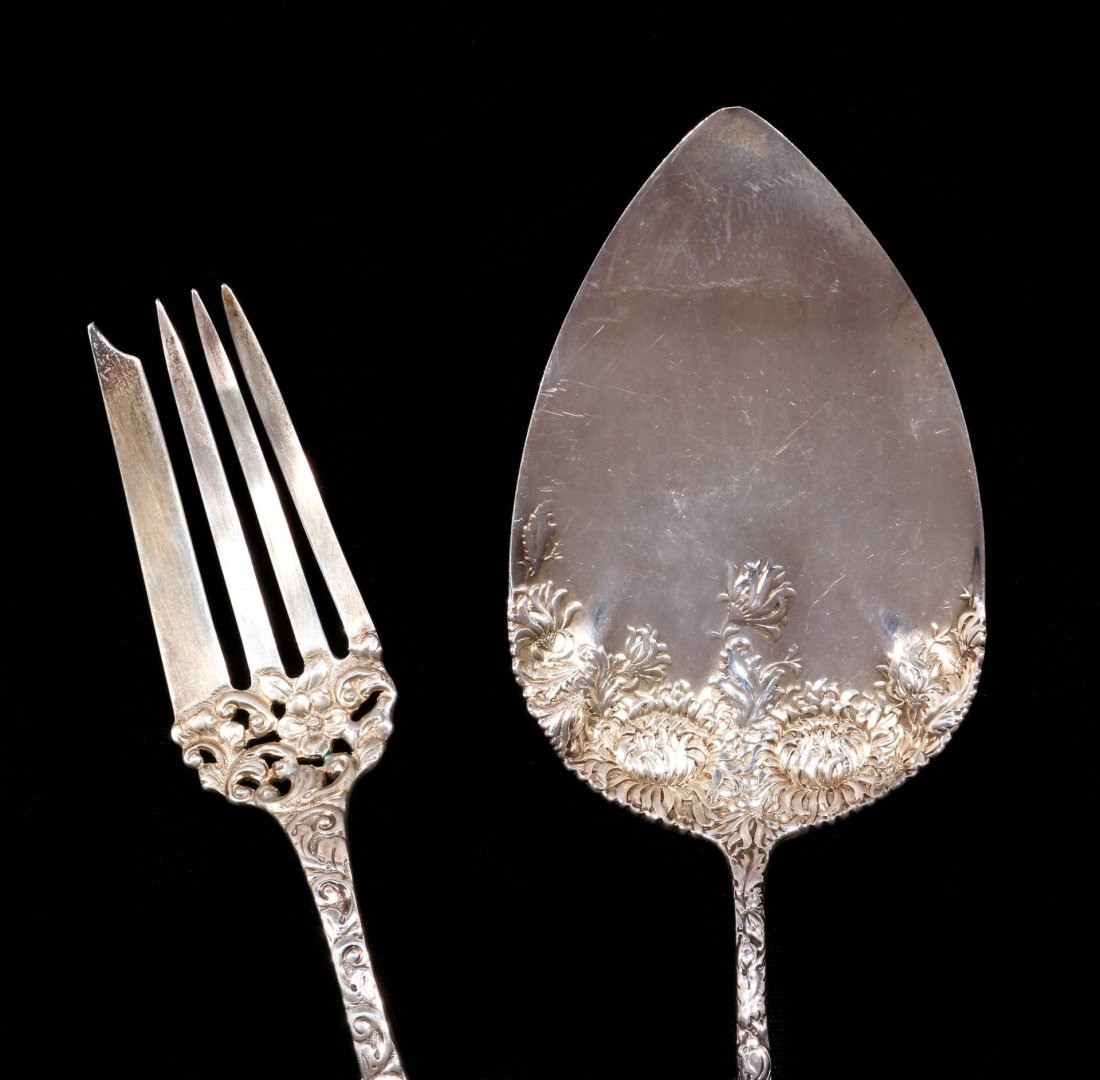 A DURGIN CHRYSANTHEMUM PIE SERVER, PLUS ANOTHER - 2