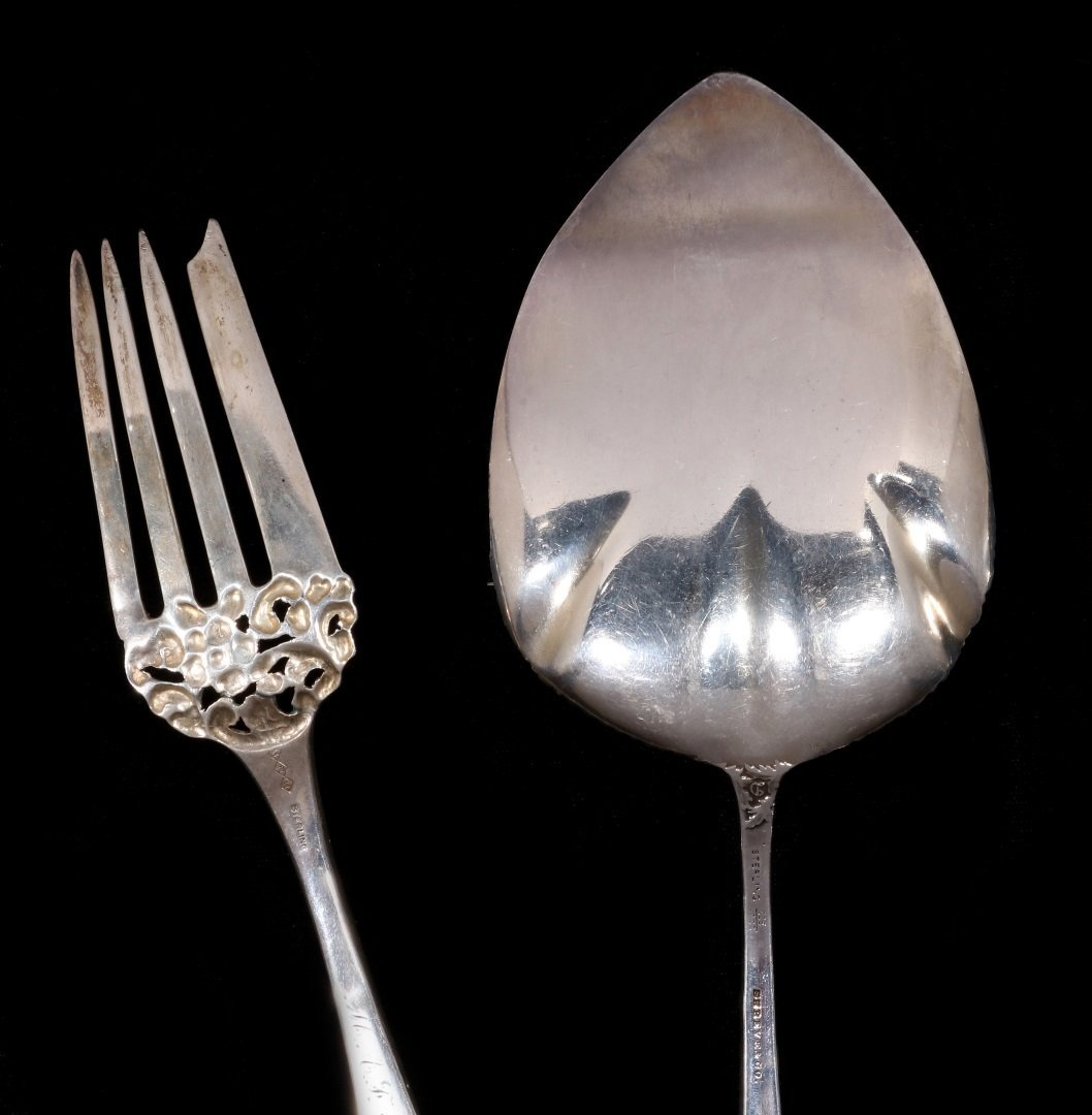 A DURGIN CHRYSANTHEMUM PIE SERVER, PLUS ANOTHER - 5