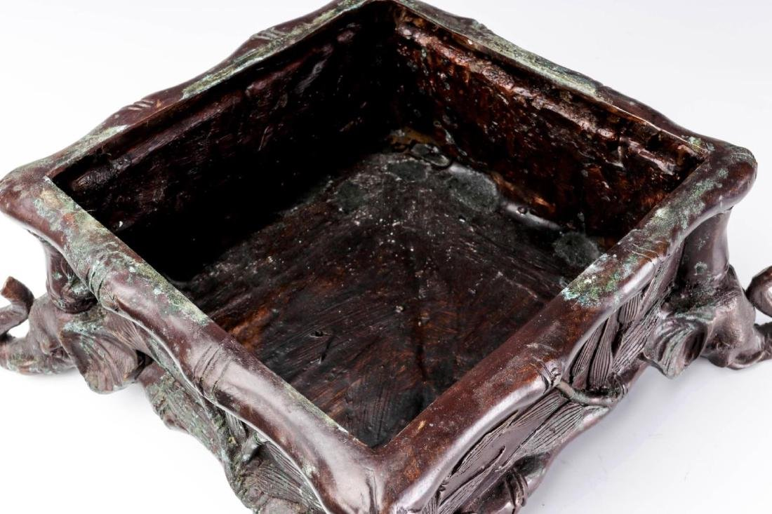 A MAITLAND SMITH BRONZE COVERED BOX - 5