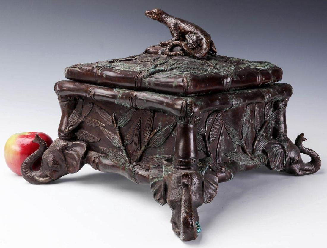 A MAITLAND SMITH BRONZE COVERED BOX - 6