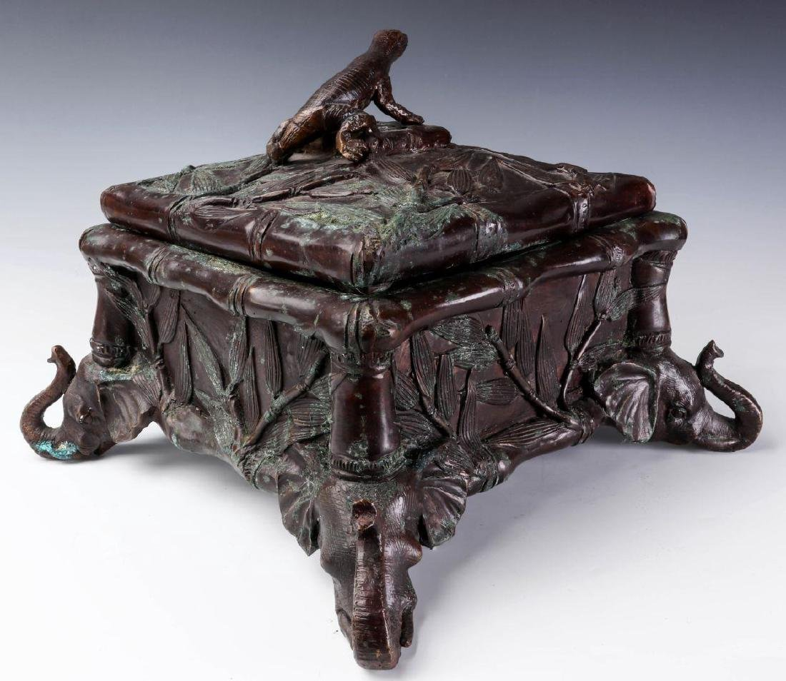 A MAITLAND SMITH BRONZE COVERED BOX - 7