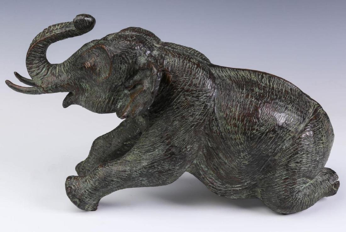 A GROUPING OF MAITLAND SMITH BRONZE ELEPHANTS - 4