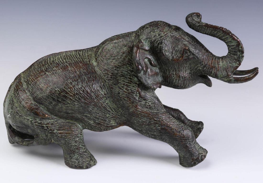 A GROUPING OF MAITLAND SMITH BRONZE ELEPHANTS - 5
