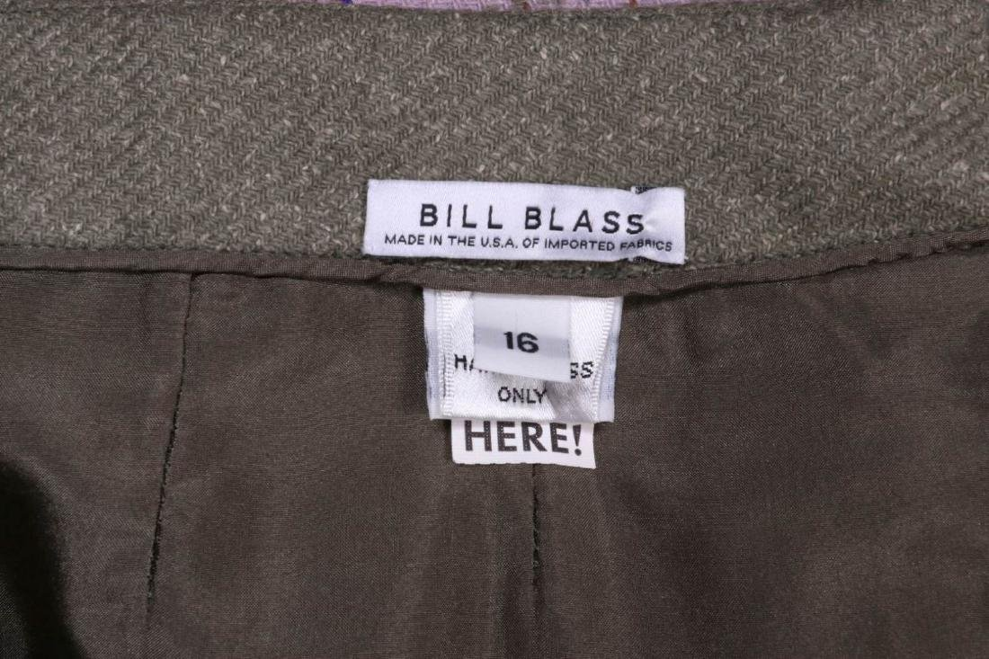 A BILL BLASS DESIGNER WOMEN'S SUIT, SIZE 16 - 6