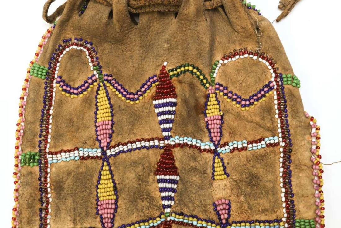 A CIRCA 1900 APACHE PARTIALLY BEADED BAG - 3