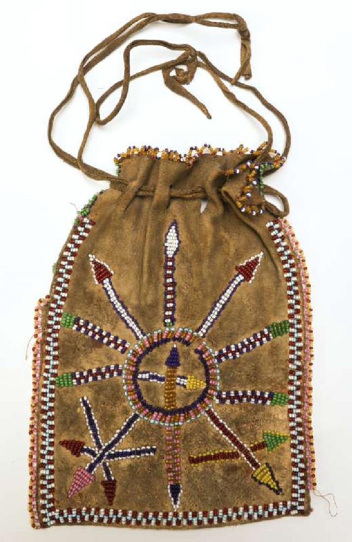 A CIRCA 1900 APACHE PARTIALLY BEADED BAG - 5