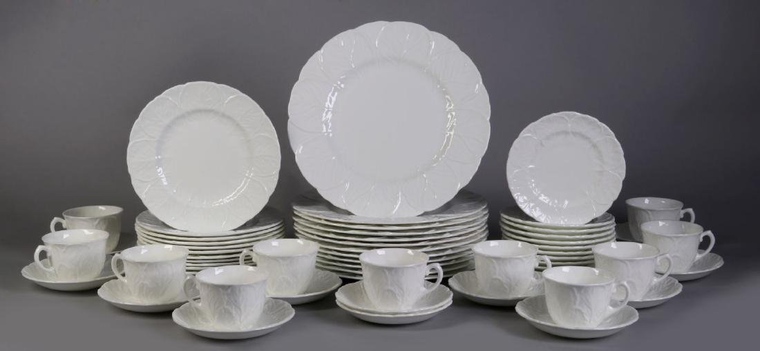 'COUNTRYWARE' FINE BONE CHINA SERVICE