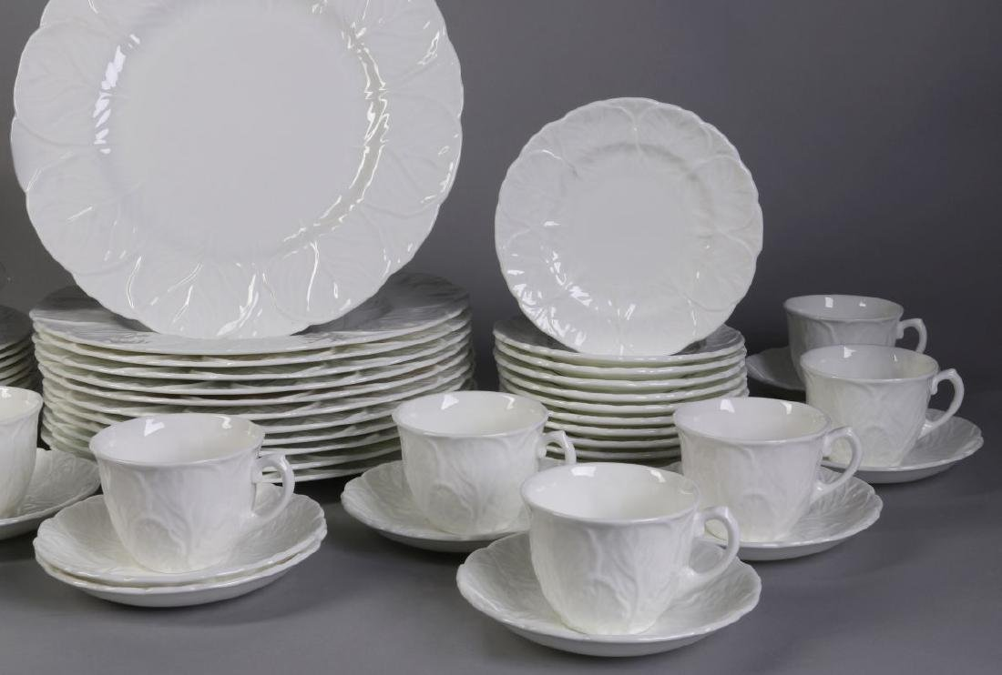 'COUNTRYWARE' FINE BONE CHINA SERVICE - 4